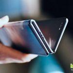 TCL показывает смартфон с экраном, складывающимся в трех местах