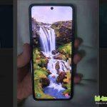 Похоже, что даже Samsung попал под сильное влияние Motorola Razr