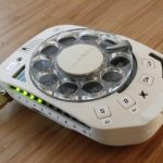 Классический дисковый телефон предлагается для самостоятельной сборки