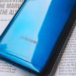 Samsung готовит бюджетный смартфон с аккумулятором 6800 мАч