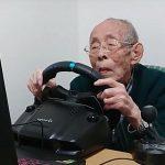 93-летний дедушка вместе с внуком ведет канал Assetto Corsa на YouTube